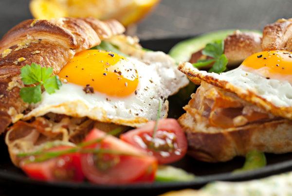 breakfast toast and egg